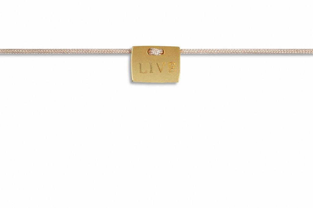 Possum-Armbaendchen-Live-Gold-EUR-2990.jpg